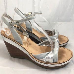 Cole Haan Metallic Wedge Sandals Nike Air 7